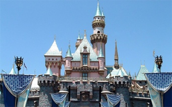 auction-disneyland_400x250